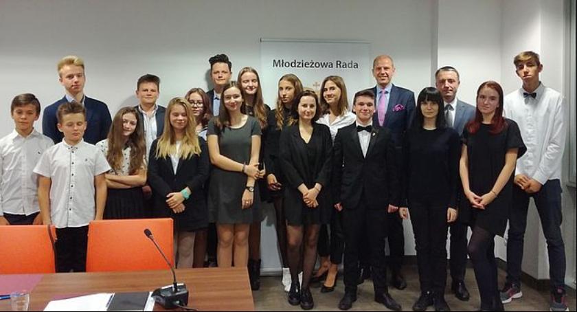 Samorząd, sesja kadencji Młodzieżowej Dzielnicy Wilanów - zdjęcie, fotografia