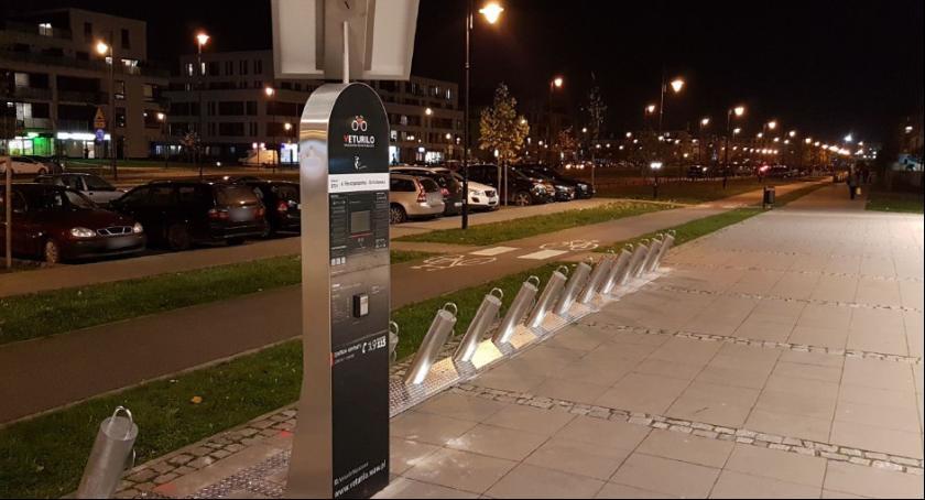 Urządzenia publiczne, Wilanów cztery stacje Veturilo - zdjęcie, fotografia