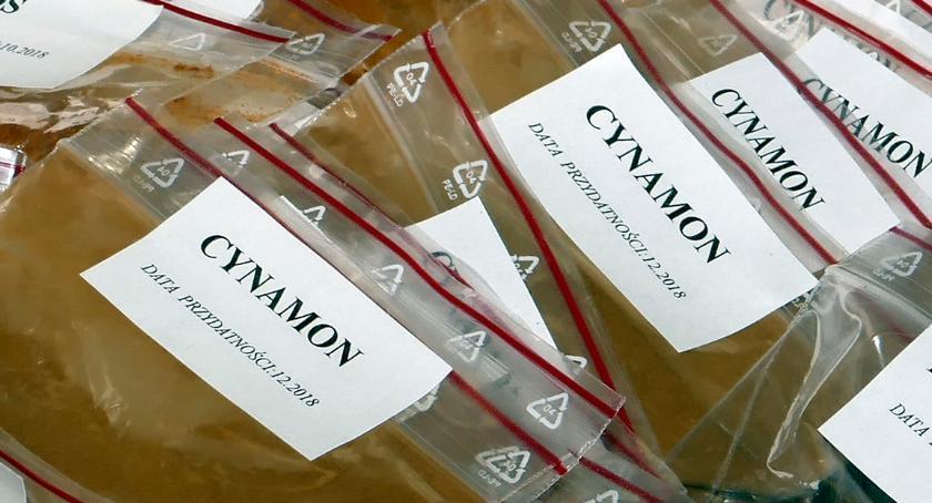 Handel i usługi, Cynamon dobry leczy - zdjęcie, fotografia